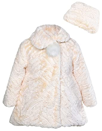 c4fd1a480af4 Amazon.com  Widgeon Little Girls  Button Front Faux Fur Coat ...