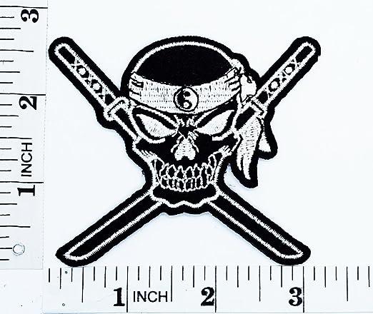 Ying Yang Ninja japonés espada Samurai Cruz fantasma cráneo ...