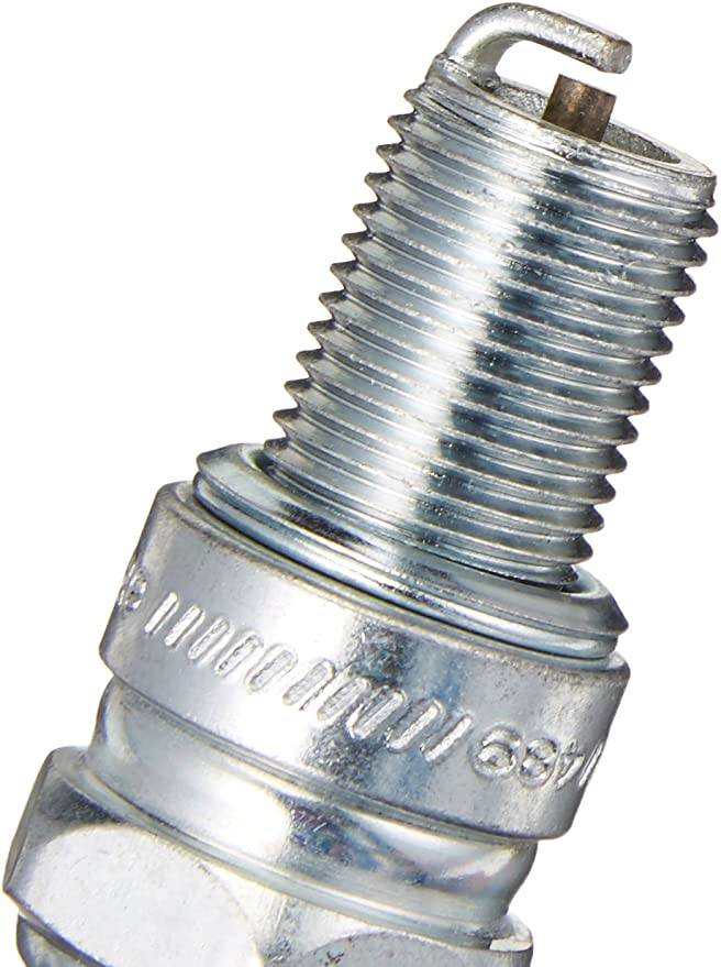 Champion 805 Small Engine Plug