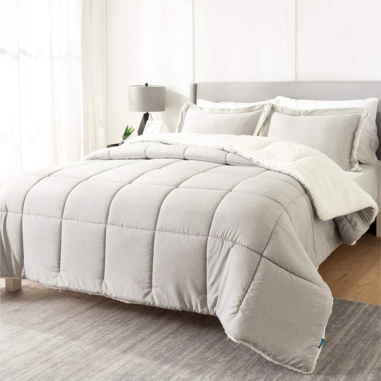 Bedsure Sherpa Comforter Set King Grey Winter 3 Piece Cationic Dyeing Reversible Soft Fluffy Down Alternative Bed Set with Pillow Sham, 102x90 inches
