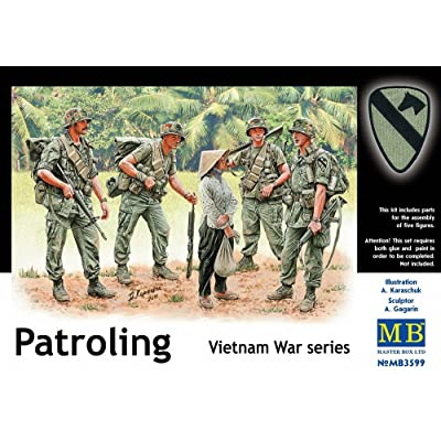 Master Box US Soldiers Patrolling Vietnam (4 and Woman) Figure Model Building Kits (1:35 Scale): Toys & Games