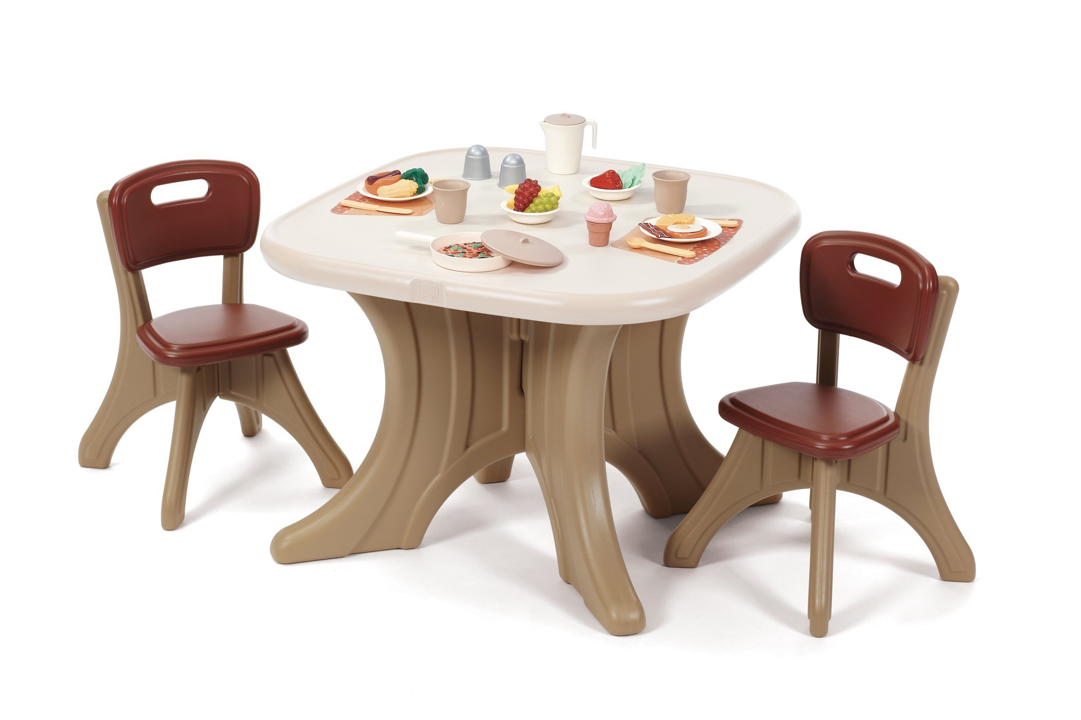 Step2 Traditions Table Chairs Set