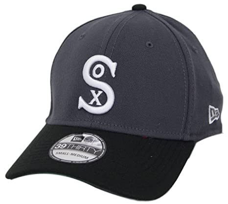 90a324459e2 Chicago White Sox New Era MLB 39THIRTY Cooperstown  quot Classic quot  Flex  Hat ...