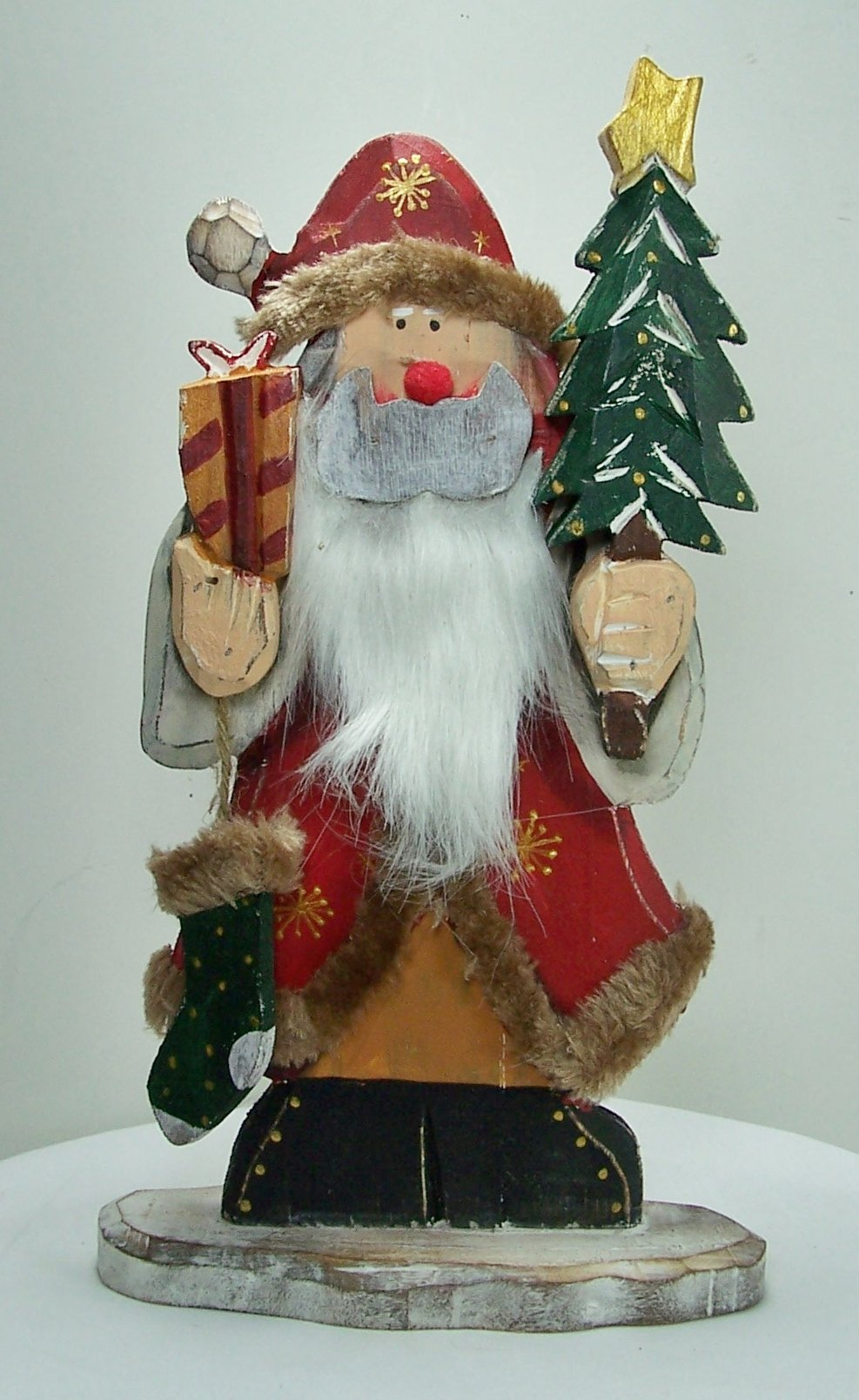 12'' Tall Rustic Wood Cut Out Santa Claus with Christmas Tree & Stocking