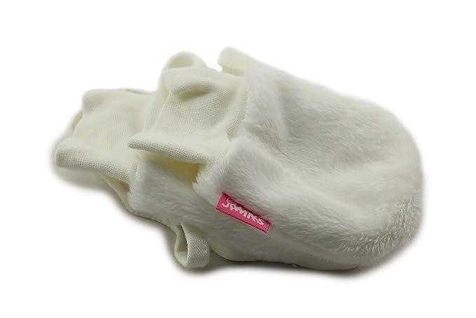 Amazon.com  Jamiks Baby Girl Warm Winter Hat with Gloves  Clothing dcda366c0cd8