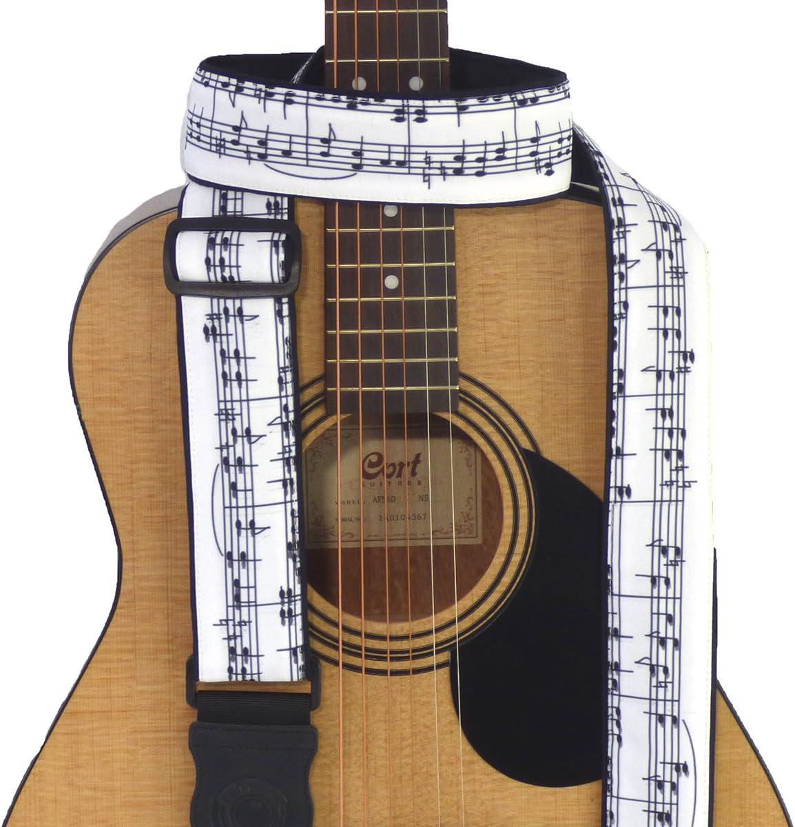 Correa para guitarra con notas musicales. Blanco y negro ...