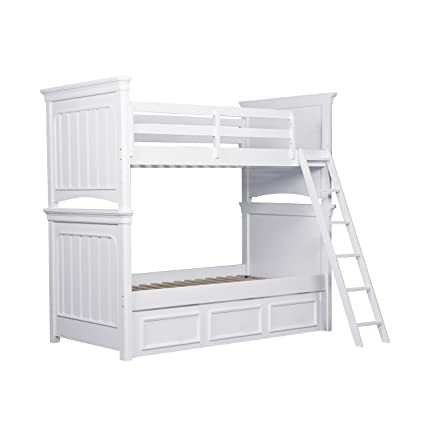 Amazon Com Pulaski Summertime Youth Bunk Bed With Ladder And Guard