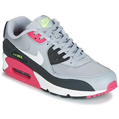 low priced 4b979 914ab Amazon.com | Nike Men's Air Max 90 Leather Casual Shoes | Basketball