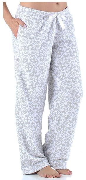 7e9bdeef41f1 Amazon.com  PajamaMania Women s Sleepwear Fleece Pajamas PJ Pants ...