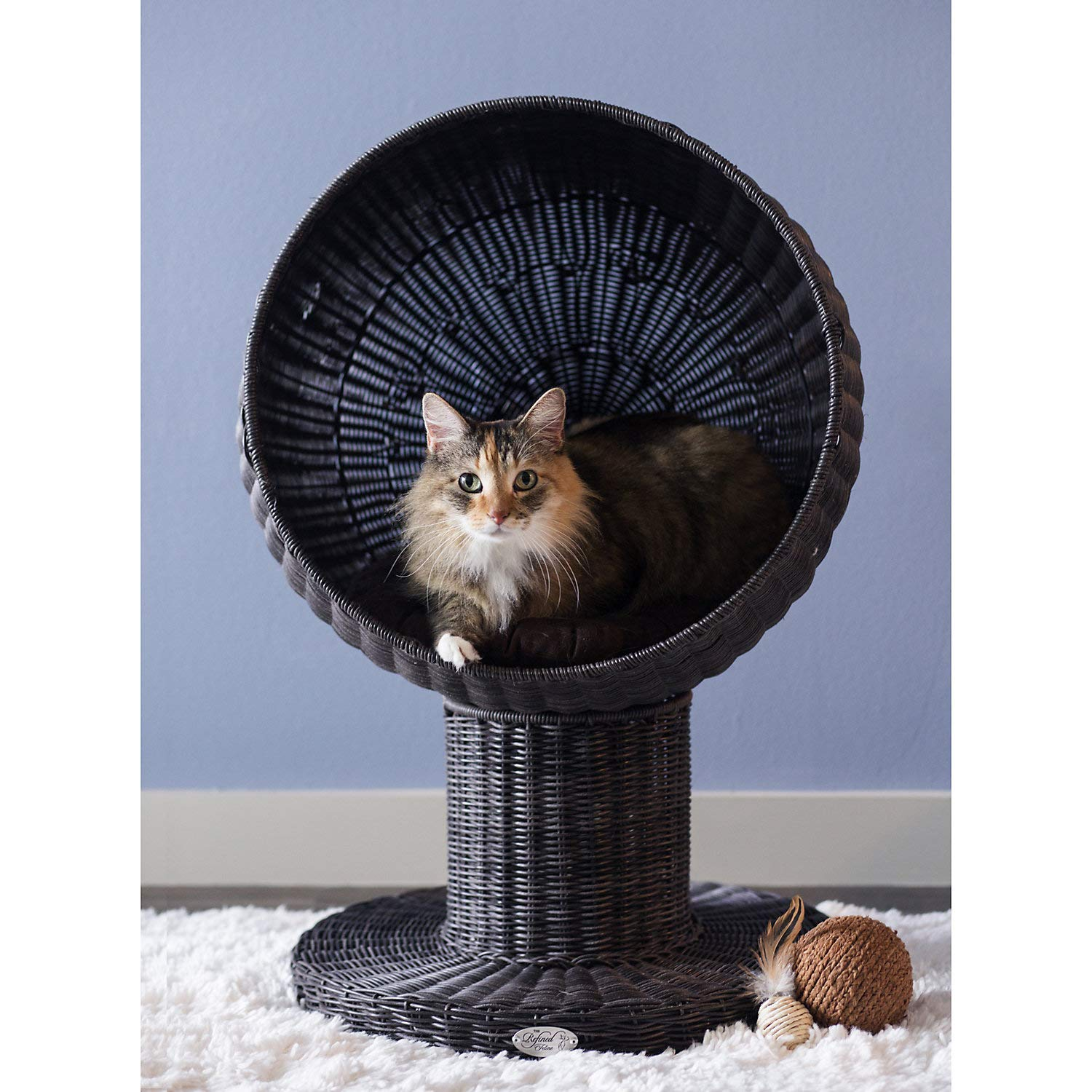 THE REFINED FELINE Kitty Ball