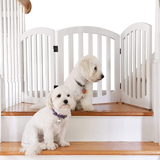 Amazon Com Arf Pets Free Standing Wood Dog Gate Step Over Pet Fence Foldable Adjustable White Pet Supplies