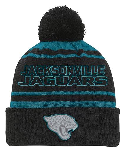 Amazon.com   Outerstuff NFL Youth Boys Reflective Cuff Knit Pom Hat ... df0bac82436