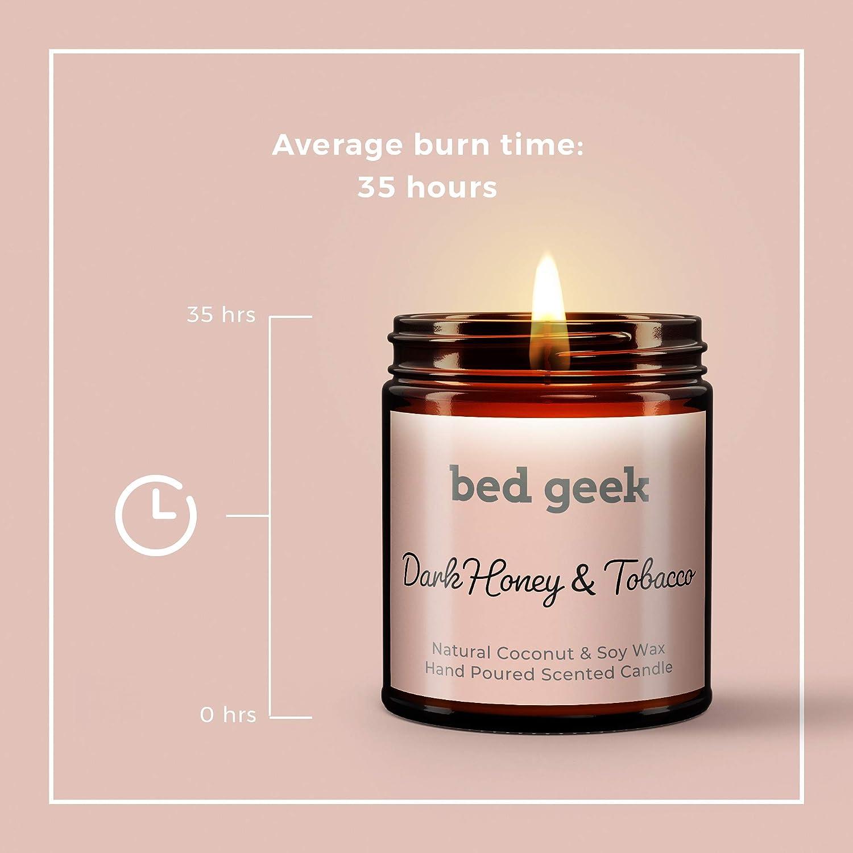 bed geek Vela aromática de cera de soja natural de miel oscura y tabaco, vertida a mano, 180 ml