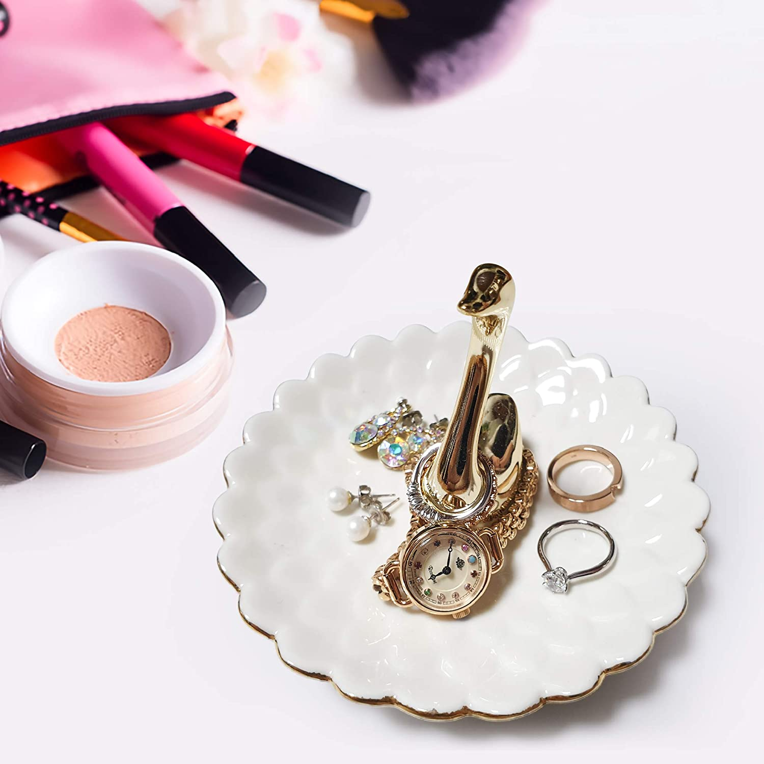 Stunningly Beautiful Swan Ring Holder Dish. White Ceramic with Highly Polished Golden Swan Perfect for Mom, Friend, Girlfriends. Decorative Jewelry, Necklace Holders Organizer Suitable for Display