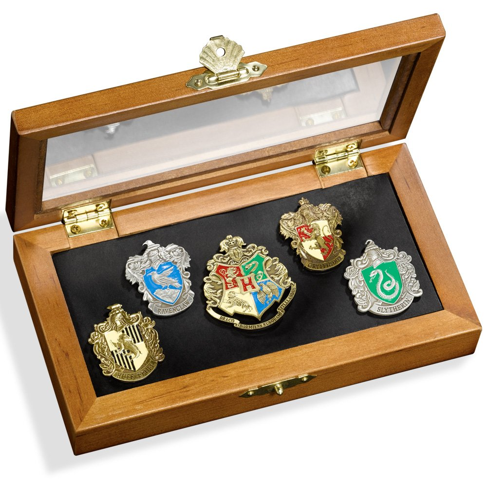 Harry Potter Hogwarts House Crest Pin Set The Noble Collection NN7374
