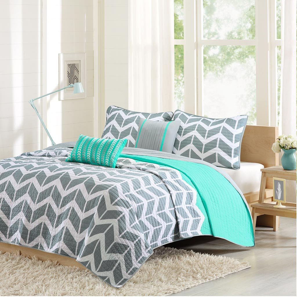 Intelligent Design ID80-503 Nadia Coverlet Set Full/Queen Teal,Full/Queen