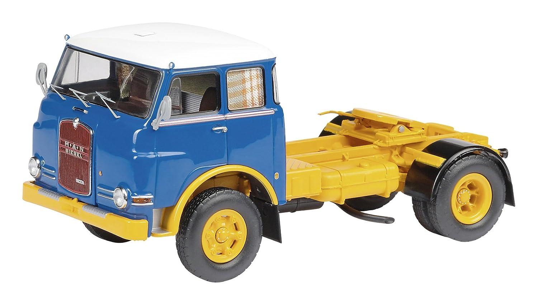 Schuco 450337300 Classic 1:43 - MAN 10.210 Solozugmaschine: Amazon.es: Juguetes y juegos
