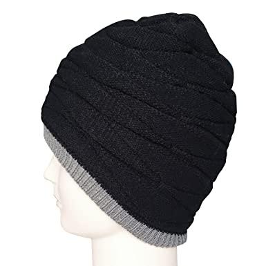 ce3878b35423 Bonnet Hiver pour Homme Chapeau Beanie en Laine Tricot Doublure Polaire  Chaude Simple Noir  Amazon.fr  Vêtements et accessoires