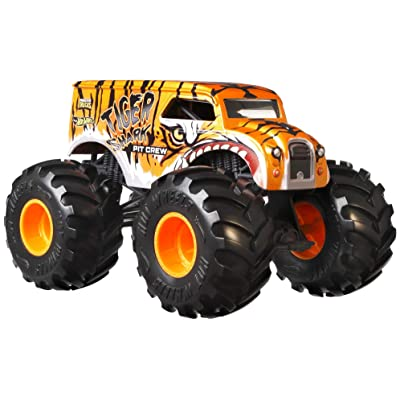 Hot Wheels Monster Trucks 1:24 Scale Assortment, Tiger Shark Pit Crew: Toys & Games