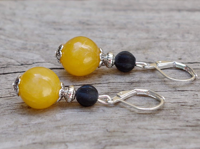 gelb honiggelb DIE LETZTEN!! Vintage Ohrringe mit Jade /& b/öhmischen Glasperlen schwarz matt /& silber honig sonnengelb