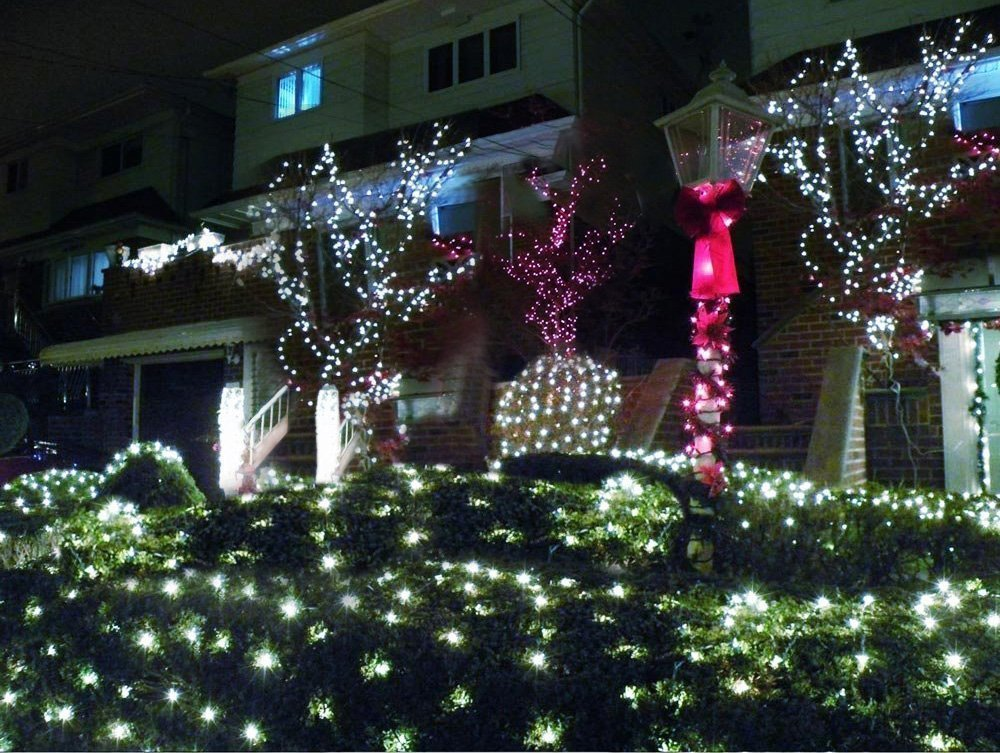 Solarmks Outdoor String Lights Solar Fairy Lights 220 Led ,77 ft 8 Modes Solar Lights Outdoor Waterproof Decorative Lights for Outdoor Fairy Garden, Christmas Solar Tree Lights (White)