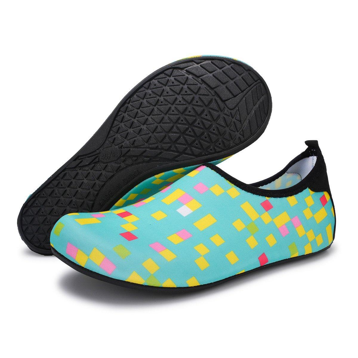 FEETCITY Hombres Zapatos de agua Zapatos de natación para mujeres de secado  rápido Descalzo Beach Surf Boat Yoga Sneakers Plaid Green bb4a93c19a8