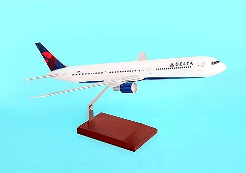 Delta 767-400 1 100 New Livery