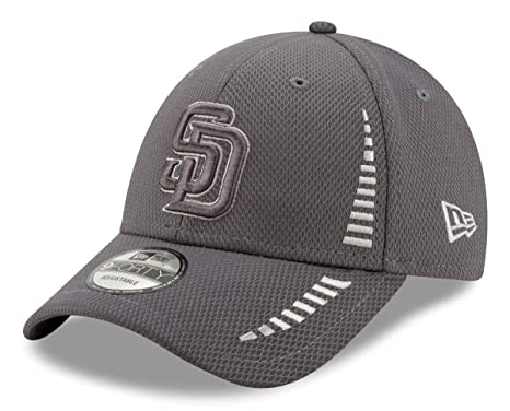 best loved e971d 0ae21 Image Unavailable. Image not available for. Color  New Era San Diego Padres  9Forty MLB Speed DE Performance Adjustable Hat
