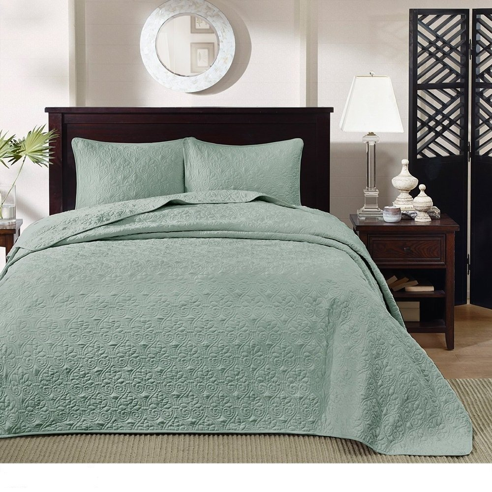 3 Piece Oversized King Bedspread to the Floor Set, Solid Seafoam Green Warm Tone, 120 Inches X 118 Inches, Coverlet Allover Quilt Drops Over Edge of King Beds, Microfiber, Stylish and Classic Stitched