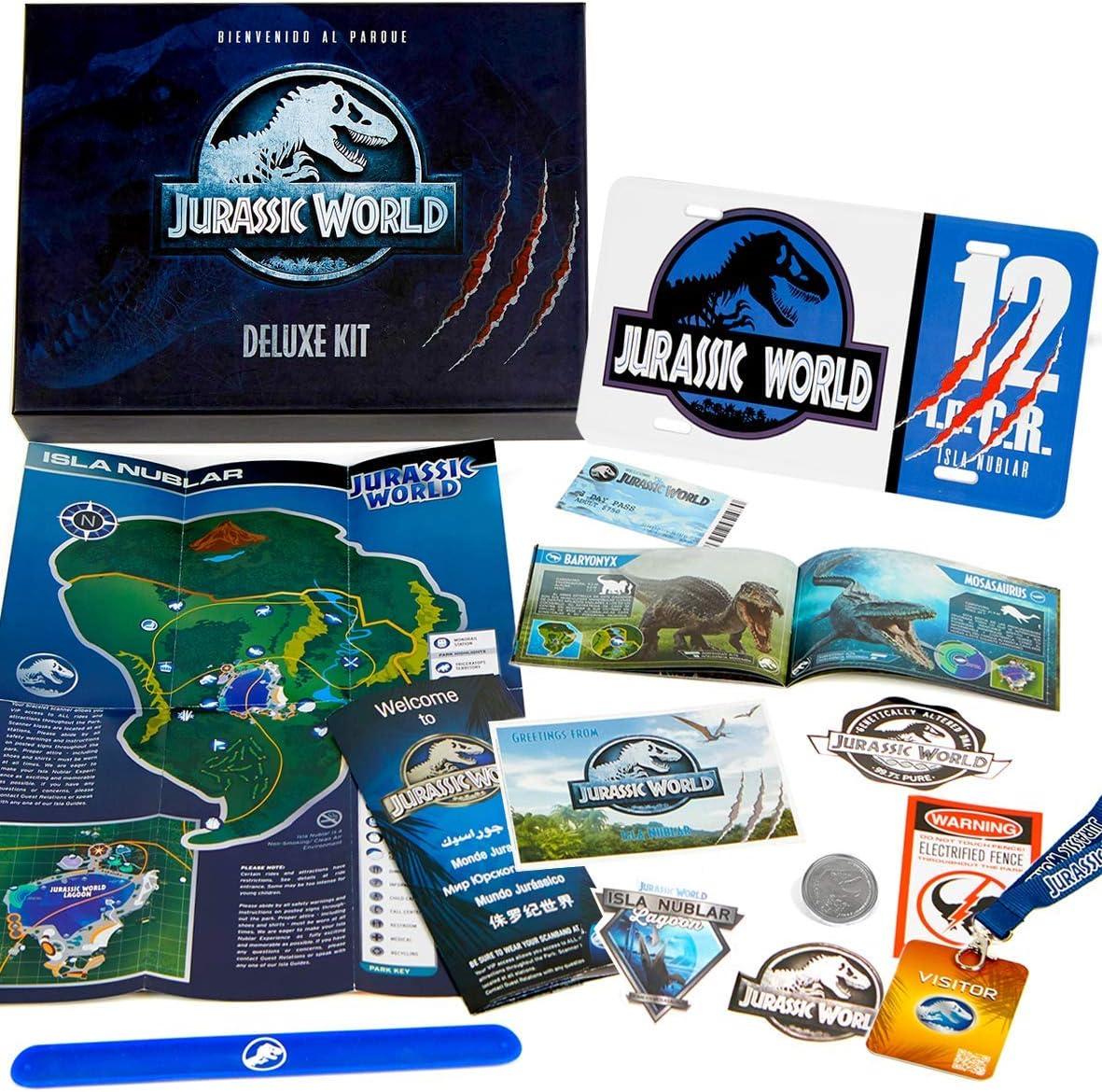 Jurassic World Deluxe Kit - Kit de Bienvenida al parque (Matricula, Entrada, Mapa, Pulsera, Guia dinosaurios, pegatinas...)