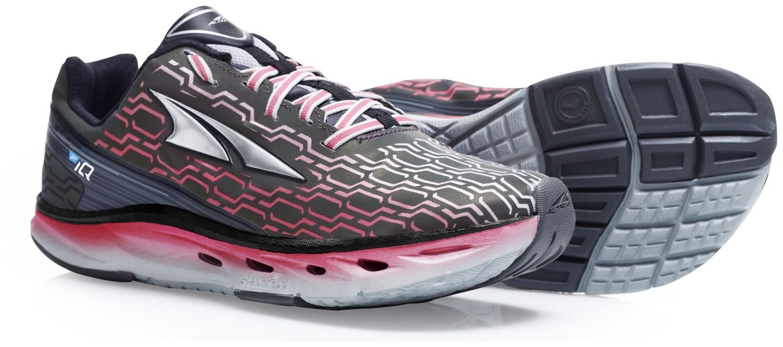 Altra Women's IQ Running Shoe B013R2P5I4 9 B(M) US|Black/Sugar Coral
