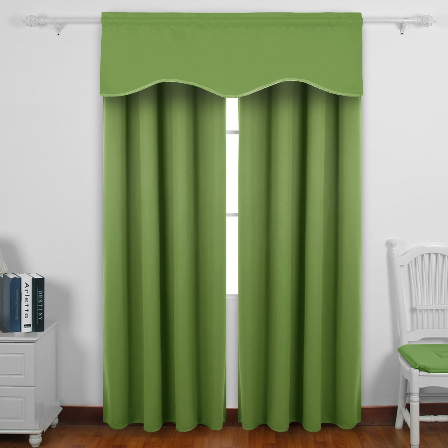 Deconovo Solid Color Valance Rod Pocket Curtains Short Window Curtains Blackout Curtains Scalloped Curtains for School Forest Green