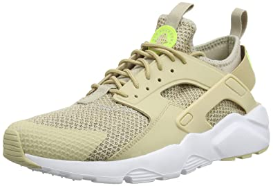 best website b3b55 9be46 Nike Air Huarache Run Ultra Se, Chaussures de Running Compétition Homme,  Multicolore (String