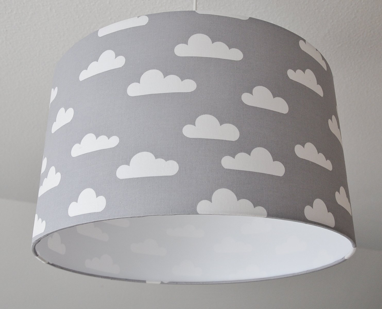 Deckenlampenschirm 'Über den Wolken' (Grau) D 40cm. Farbe und Größe auf Anfrage