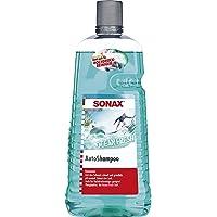 SONAX AutoShampoo Concentraat Ocean-Fresh (2 liter) doordringt en lost vuil grondig op, zonder aantasting van de…