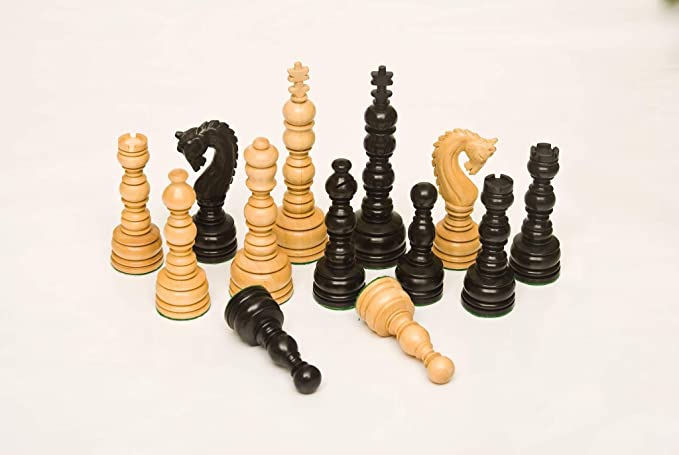 135BL Ebony & Boxwood 5.00 Chess Set
