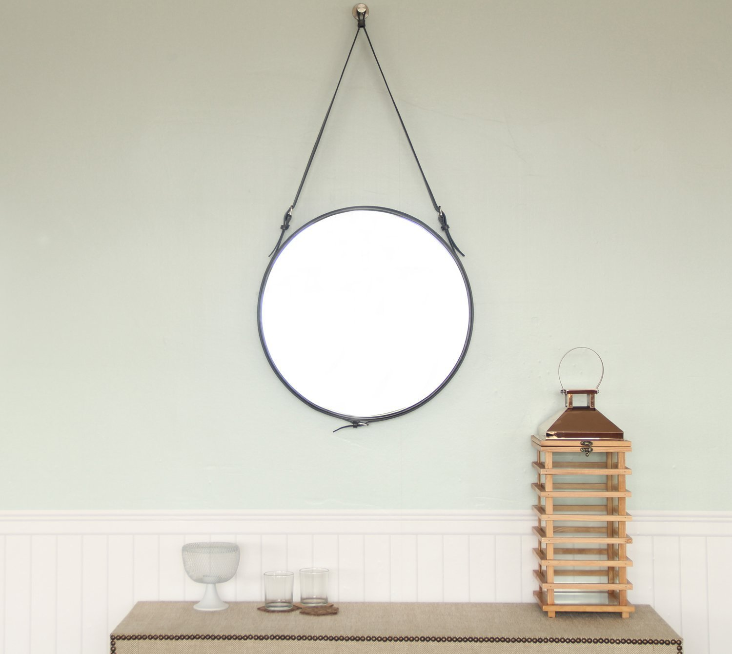 The 5 Best Wall Mirrors In All Shapes And Sizes: 2021 Buying Guide 1