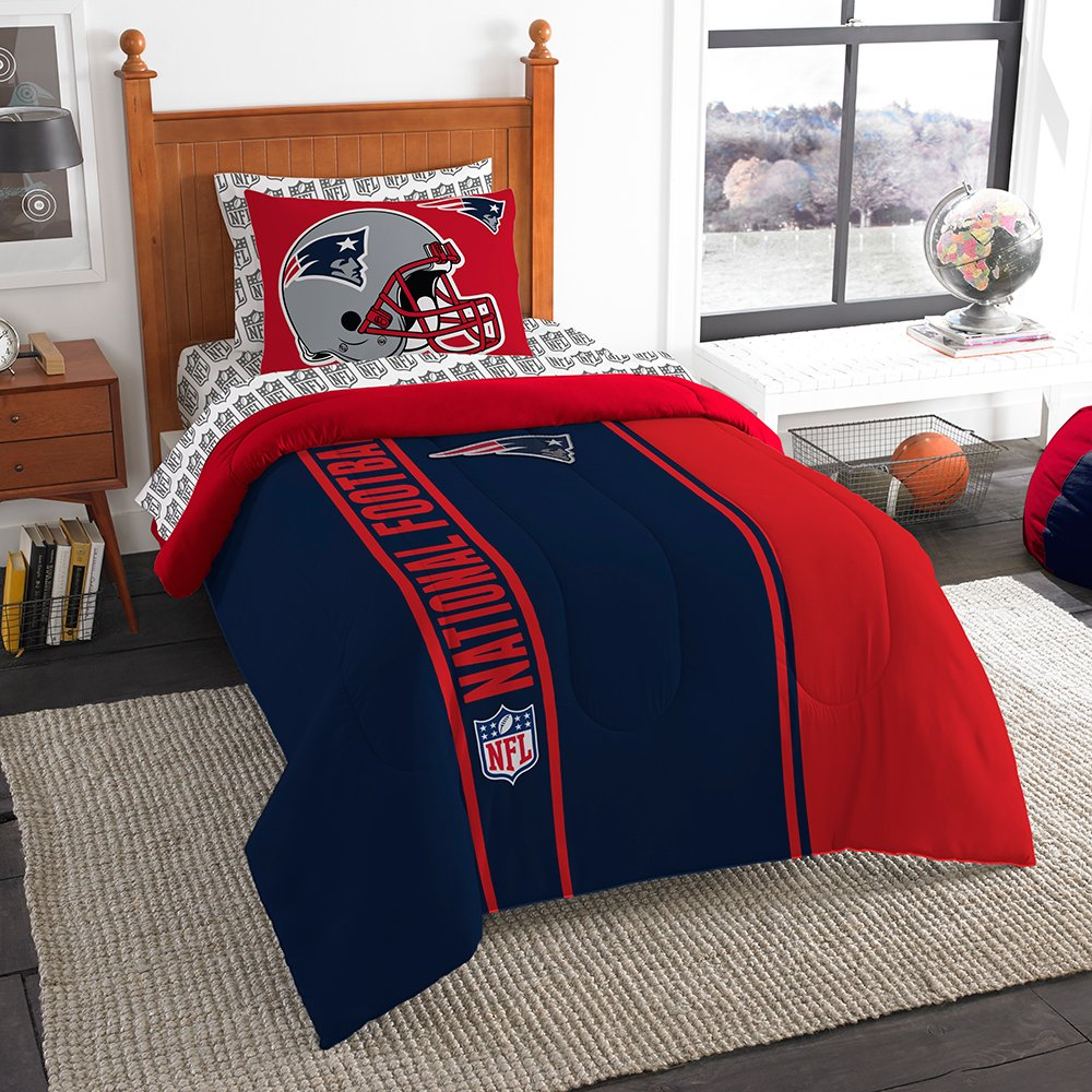 The Northwest Company Northwest Patriots Soft & Cozy Twin Comforter Set