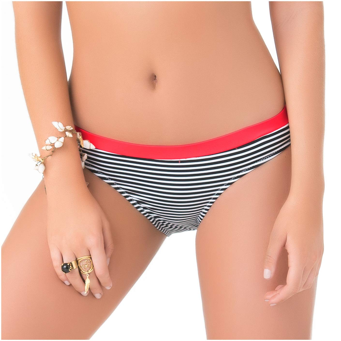 f8717893a Amazon.com  PHAX Colombian Swimwear Full Coverage Bikini Bottoms for Women