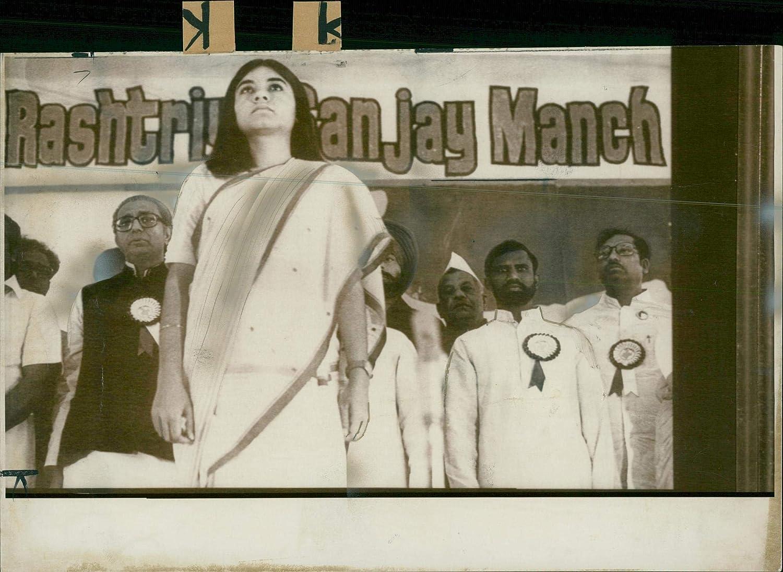 sanjay gandhi, maneka gandhi, indira gandhi, rashtriya sanjay manch, maneka gandhi family history, why maneka gandhi joined bjp, sanjay gandhi death, sanjay gandhi love story, maneka gandhi modelling, maneka gandhi ad, मेनका गांधी, संजय गांधी, इंदिरा गांधी, संजय गांधी विवाह, राष्ट्रीय संजय मंच