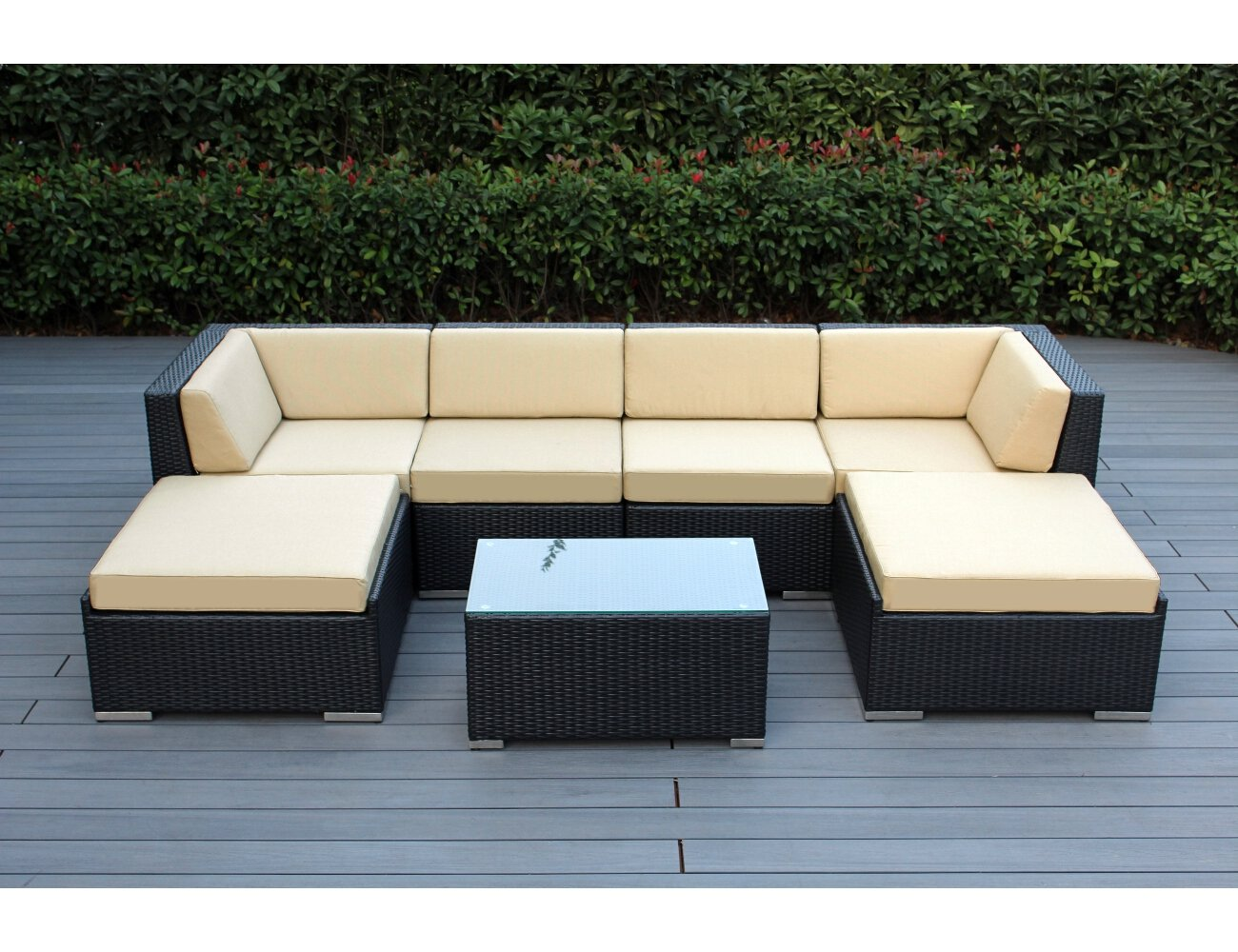 Wicker patio furniture sets weatherproof outdoor living for Outdoor wicker furniture