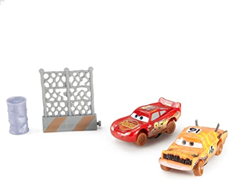 Cars 3-Pack de 2 Coches Crazy Push Over y Lightning Mcqueen (Mattel FCW08) , color/modelo surtido: Amazon.es: Juguetes y juegos