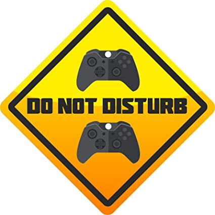 150mm x 150mm Simply Peel /& Stick Call of Duty GAMING Gift PUBG Sticker for Childrens Bedroom Door//Wall//Window For Fans of Fortnite PS4 CONTROLLERS Level 33 Graphics PS4 DO NOT DISTURB