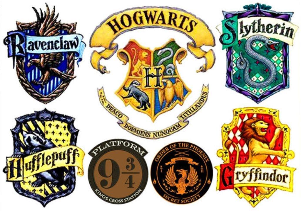 Harry potter gryffindor. Amazon com hogwarts set