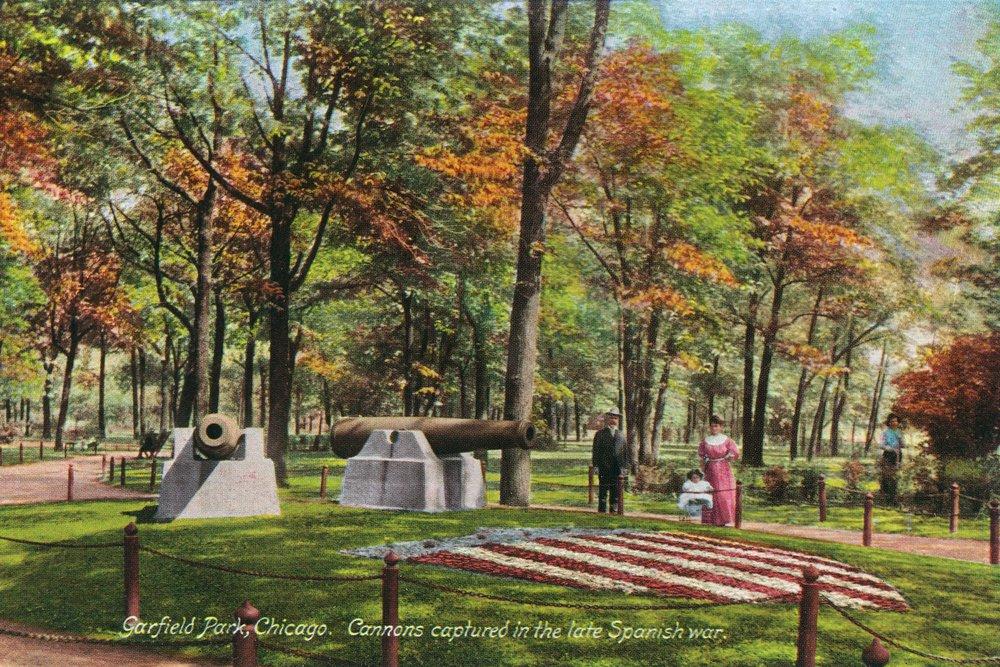 シカゴ、イリノイ州 – West Side公園; Garfield公園のビューCapturedスペイン語戦争Cannons 36 x 54 Giclee Print LANT-26522-36x54 36 x 54 Giclee Print  B01MG3BRVA