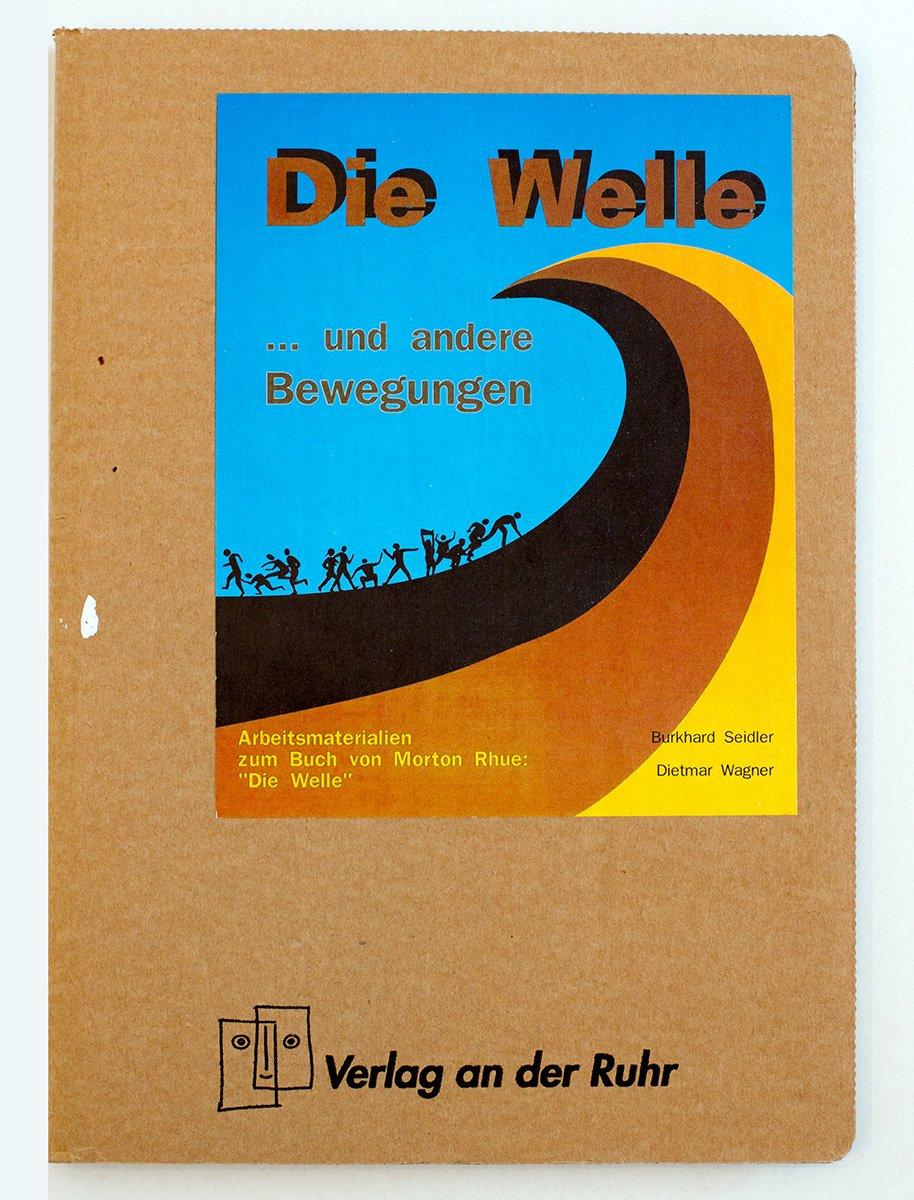 Literatur-Kartei: Die Welle... und andere Bewegungen. Arbeitmaterialien zum Buch von Morton Rhue: