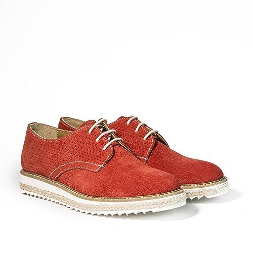 ce8795cc0c4ae Stringate in Pelle Scamosciata Derby Scarpe Artigianali Donna di Colore  Rosso Calzature Italiane Shoes Lace-