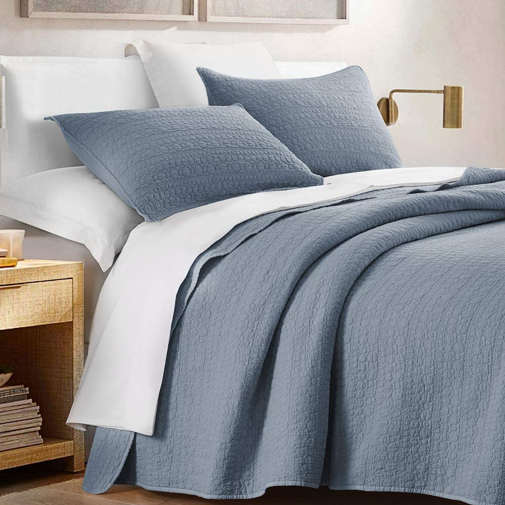 HORIMOTE HOME Quilt Set King Size Blue, Classic Geometric Spots Stitched Pattern, Pre-Washed Microfiber Chic Rustic Look, Ultra Soft Lightweight Quilted Bedspread for All Season, 3 Pieces