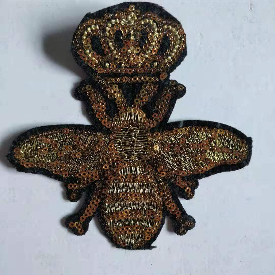 1piece Crafts Gold Beaded Sequins Crown Bee Badge Patches Embroidery Sew on Patch Lace Motif Applique Sewing Accessorices