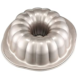 CHEFMADE Bundt Cake Pan, 10-Inch Non-Stick Pumpkin-Shaped Bakeware, FDA Approved for Oven Baking(Champagne Gold)